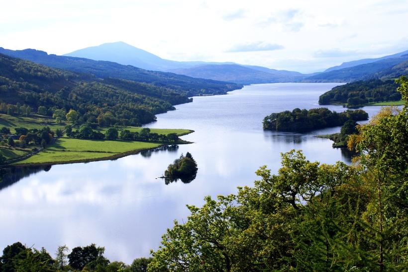 Queens-View_Loch-Tummel_Scotland